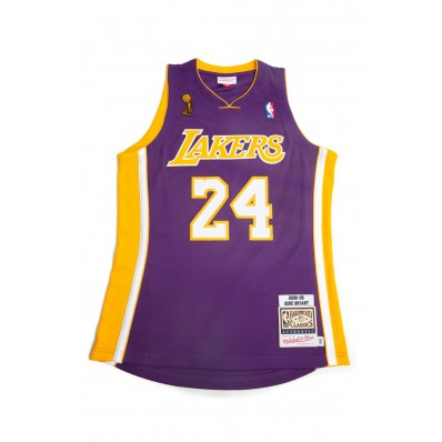 kobe jersey picture